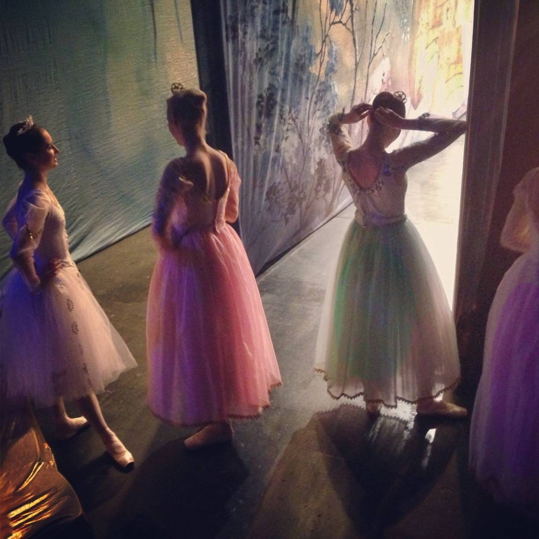isabelitavirtual - Waitind Degas - Moscow Ballet