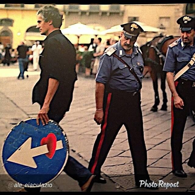 clet_polizia