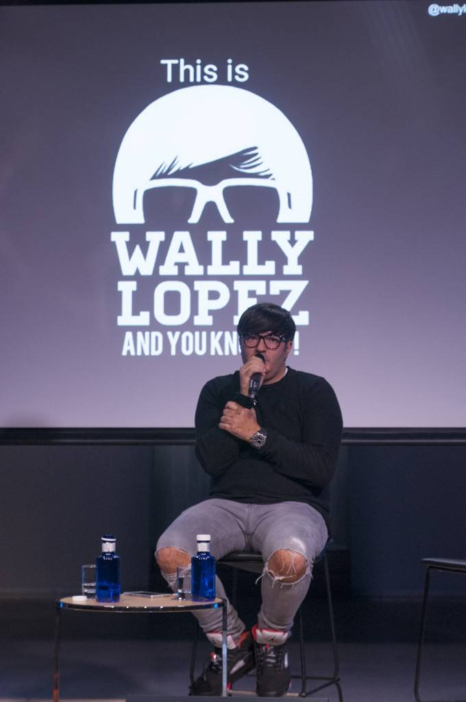 "@wallylopez: ""I like to talk to people and meet new people, in my opinion Instagram makes it easier to approach to someone you follow and don not know  in person yet."""